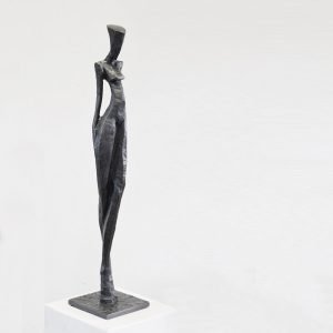 Nathalie by Nando Kallweit. A limited edition bronze sculture