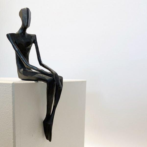 Hamish - Bronze sculpture by Nando Kallweit
